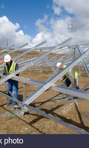 construction-of-solar-panels-for-production-of-renewable-electrical-DF6MTN
